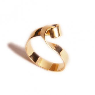 Rood gouden ring